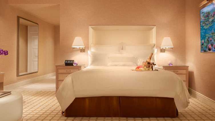 Wynn Luxury Deluxe Resort Room - Wynn Las Vegas & Encore Resort