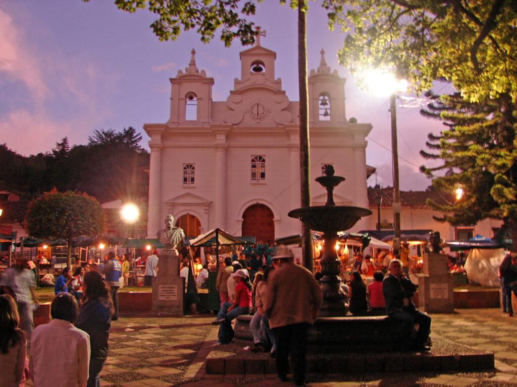 comprar casa en El Retiro Antioquia